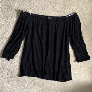 🎉4/$12 Black off the shoulder 3/4 sleeve